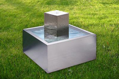 Becken aus Edelstahl Design von Lizzy Heinen