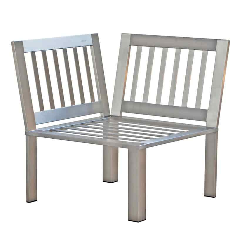 Stilvolles Designer-Sessel-Eckelement für den Garten aus Edelstahl im zeitlosen Design von Lizzy Heinen.