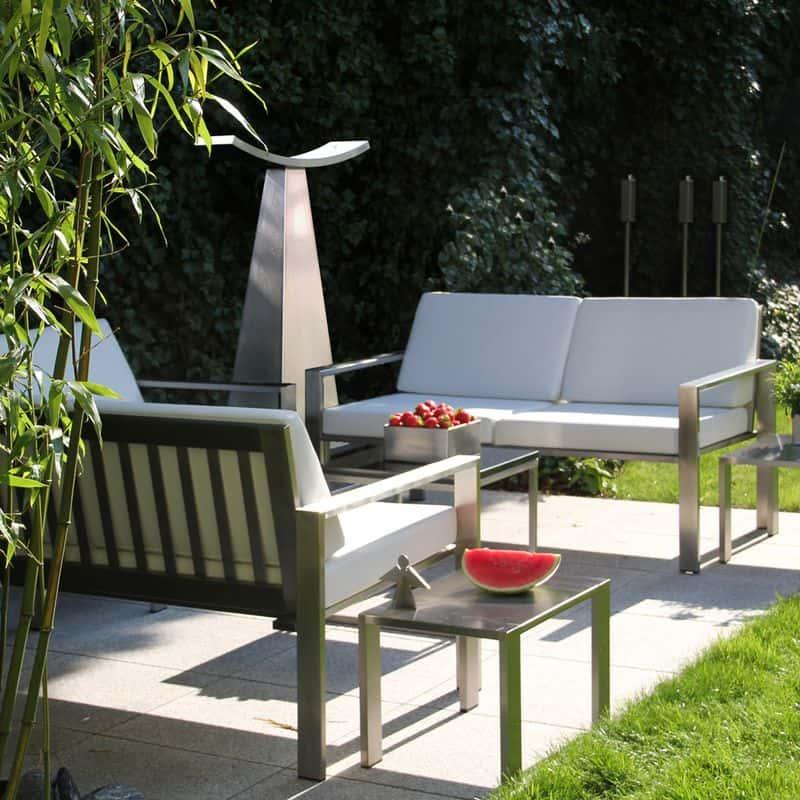 Wetterfestes Garten-Sofa von Lizzy Heinen.