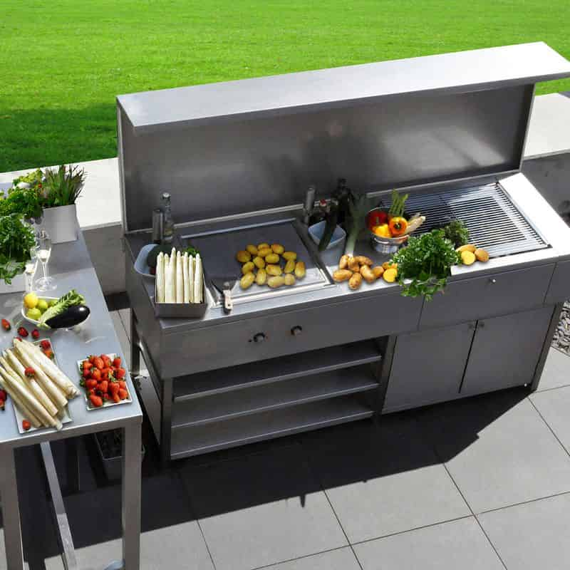 Edelstahldesign Outdoor: Kueche für den Garten aus Edelstahl.