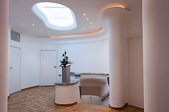 Möbel aus Edelstahl hochwertig Lizzy Heinen